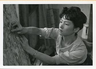 白髪一雄記念室 -Kazuo SHIRAGA - 尼崎市総合文化センター